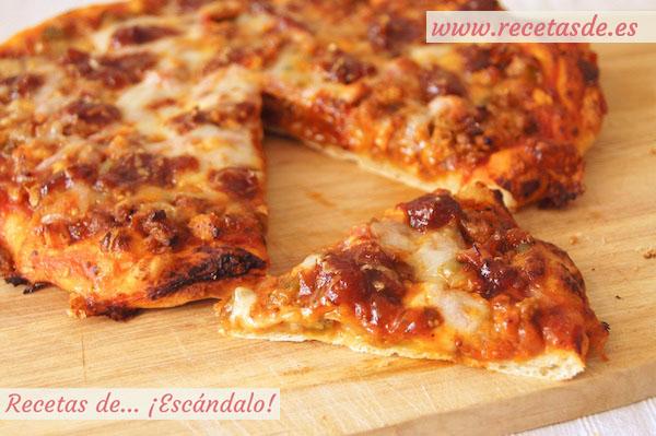 Pizza barbacoa con masa de pizza casera recetas de esc ndalo for Aperitivos para barbacoa